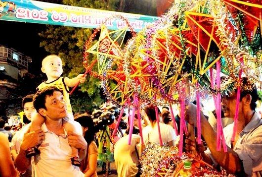 Tết Trung Thu diễn ra vào ngày 15/8 âm lịch hàng năm.
