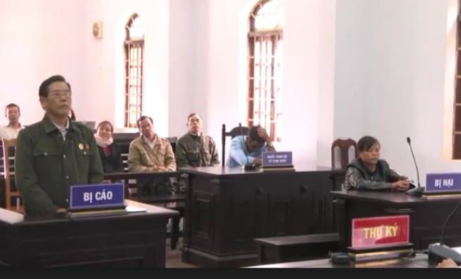 Phiên tòa xét xử bị cáo Nguyễn Văn Tuấn.