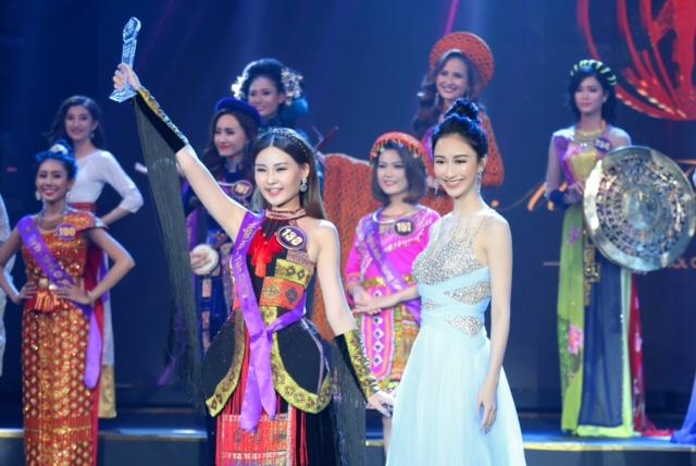 Ngọc Duyên, Hằng Nguyễn, Hà Thu rạng rỡ trong buổi trao giải Miss Tourism 2017