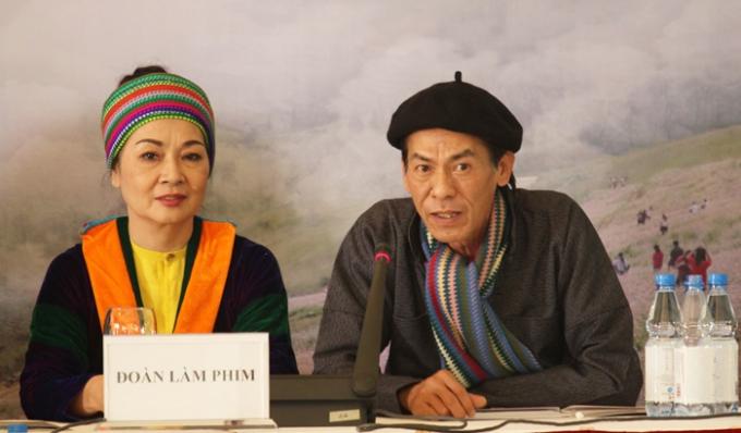Diễn viên Minh Phương và diễn viên Bùi Bài Bình.