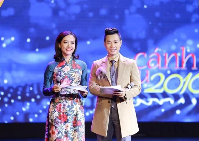 MC Nguyên Khang giãi bày về những sự cố tại Lễ trao giải Cánh diều 2016