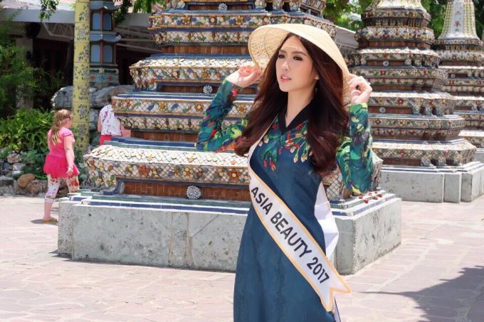 Hoa khôi Phú Yên Tường Linh khoe nụ cười giống Tăng Thanh Hà trên đất Thái