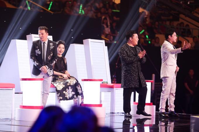 Thần tượng Bolero 2017 tập 6: Quang Lê nghẹn ngào bật khóc khi chia tay với 3 thí sinh đầu tiên trong đội hình top 7