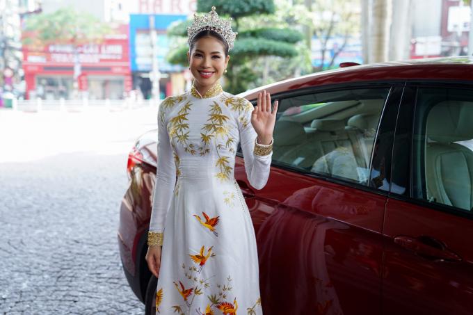 Top 3 Hoa hậu Hoàn vũ Phạm Hương, Trà My, Lệ Hằng lần đầu tiên hội ngộ sau 2 năm đăng quang