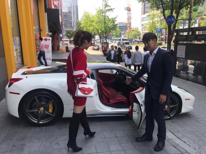 Lộ diện bạn trai đại gia Hàn Quốc của Hoa hậu Kiều Ngân?