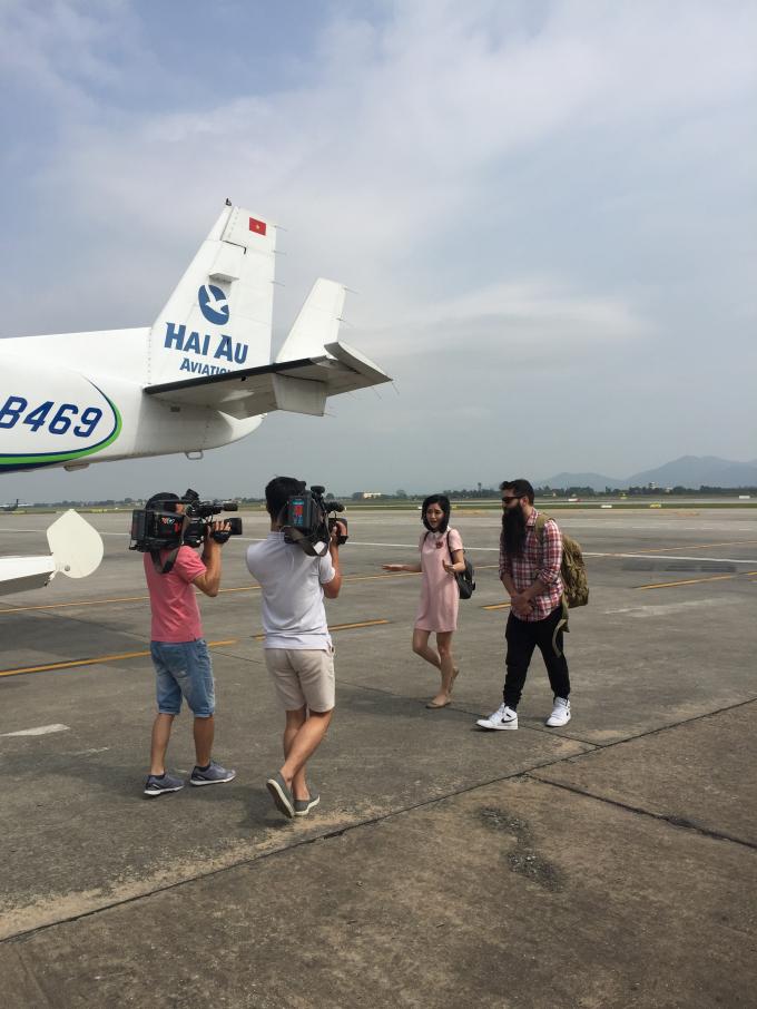Đạo diễn phim Kong trở lại Vịnh Hạ Long bằng thủy phi cơ