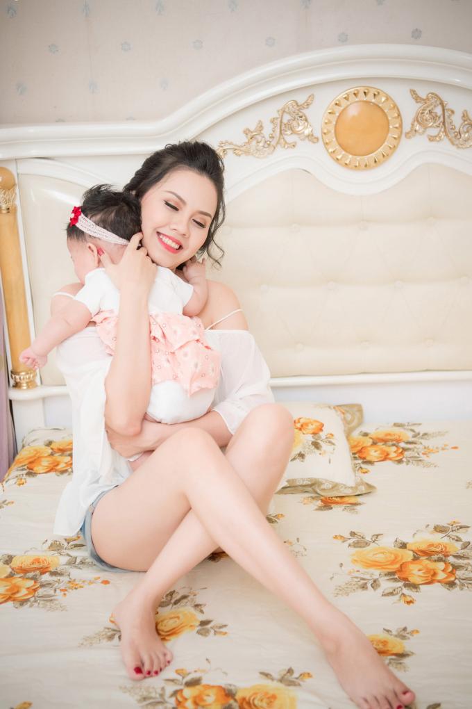 Hoa hậu Thân thiện Đậu Thị Hồng Phúc bất ngờ tái xuất sau nhiều năm ở ẩn