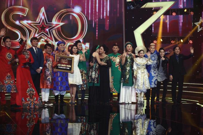 Gia Bảo giành được giải nhất tuần đêm thi đầu tiên.