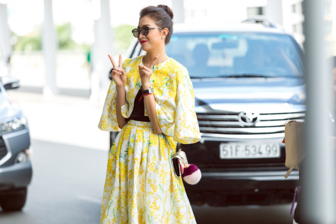 Á hậu Lệ Hằng bay sang Philippines hội ngộ cựu Hoa hậu Pia Wutzbach