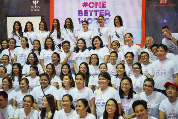 Lệ Hằng có mặt tại Philippines để tham gia các hoạt động theo lời mời chính thức từ tổ chức Hoa hậu Hoàn vũ Thế giới.