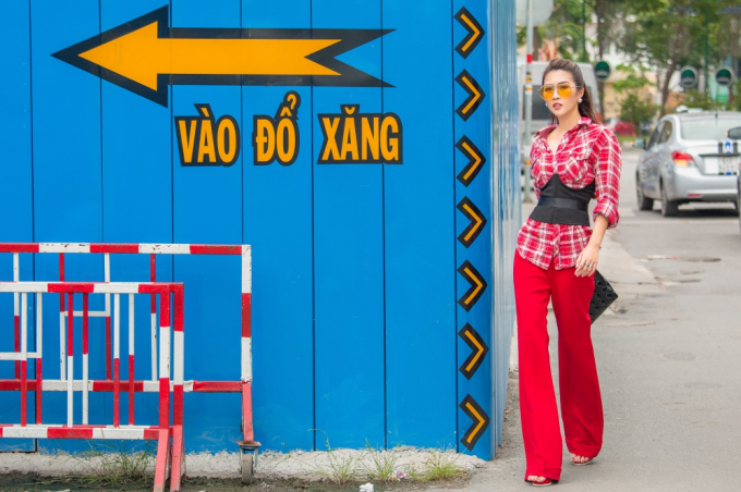 """Đã mắt với street style đầy màu sắc của """"Hoa hậu the face"""" Tường Linh"""