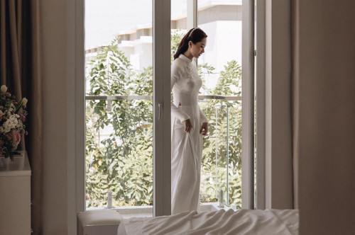 Hoa hậu Thu Thảo làm thơ tình gửi ông xã Trung Tín trước ngày cưới