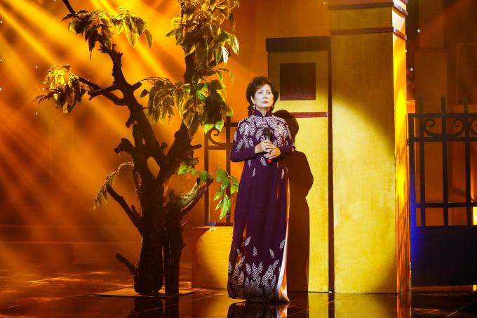 Danh ca Phương Dung tiết lộ từng thi rớt vì nhạc lý yếu
