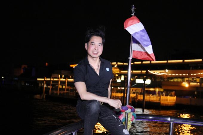 Danh ca Ngọc Sơn trải nghiệm văn hóa Thái Lan