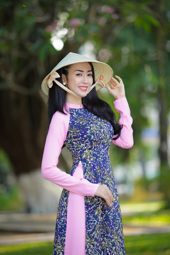 Cao Mỹ Kim, Như Trang, Võ Hạ Trâm đọ sắc trong BST thời trang của NTK Nhật Phượng