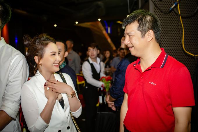 Diễn viên Bảo Thanh được ông xã tháp tùng đi sự kiện