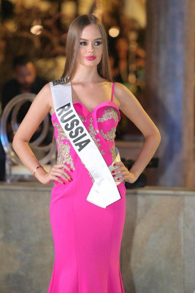 Người đẹp Nga là Á hậu 2 Hoa hậu Châu Á Thế giới.