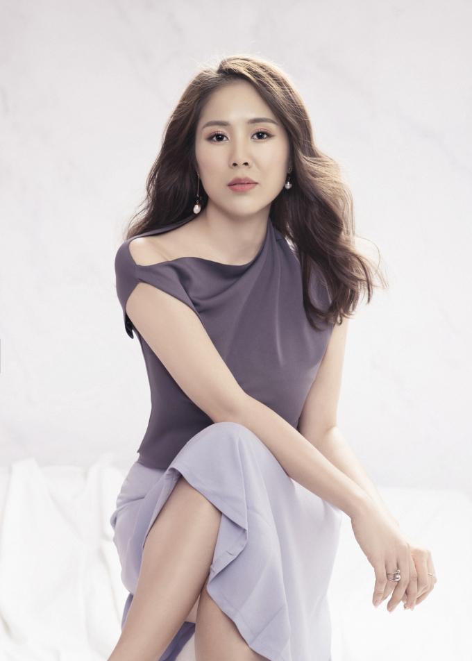 Ít ai biết Lê Phương còn sở hữu chất giọng ngọt ngào không thua kém gì một ca sĩ.