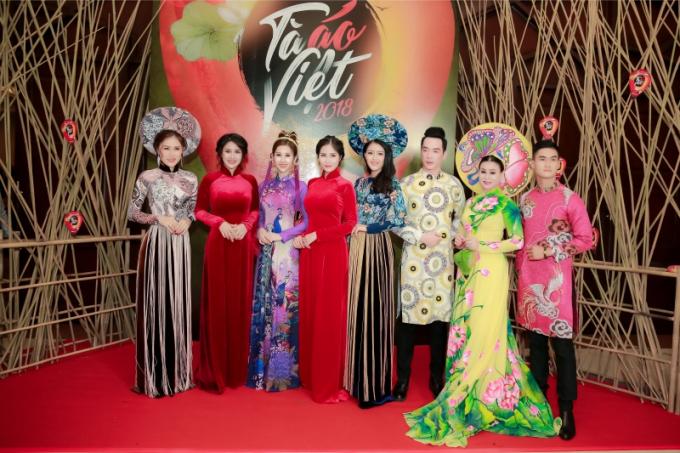 Hoa hậu Chi Nguyễn đảm nhận vị trí vedette trong đêm diễn thời trang