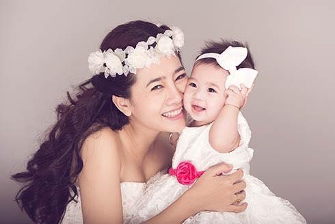 Diễn viên Mai Phương làm mẹ đơn thân nên phải gánh vác tất cả mọi chuyện trong gia đình.