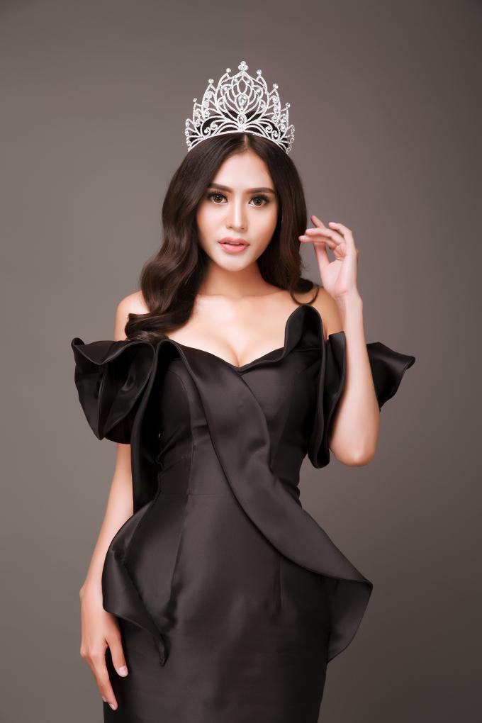 Đêm chung kết cuộc thiMs. Vietnam New World 2018 – Hoa hậu Việt Nam Thế giới 2018sẽ có những phần thi quen thuộc gồm trang phục áo dài, bikini, dạ hội trước khi ngôi vị cao nhất của cuộc thi được xướng tên.