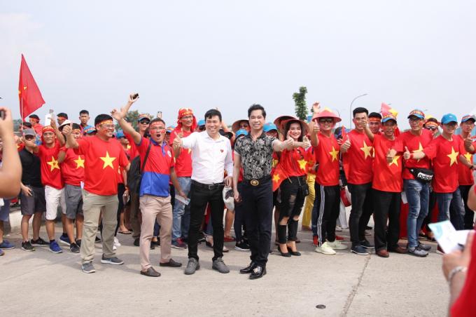 Ngọc Sơn – Michael Lang quyết định thưởng 250 triệu cho đội tuyển Olympic Việt Nam