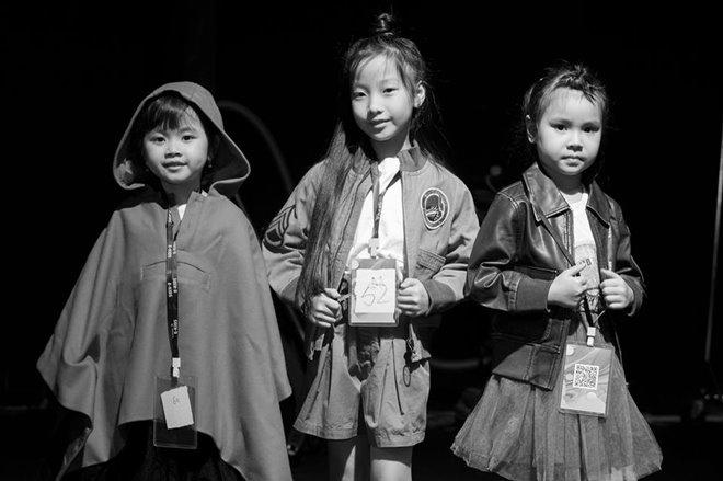 Xuân Lan đưa 4 học trò nhí đến Shanghai Fashion Week
