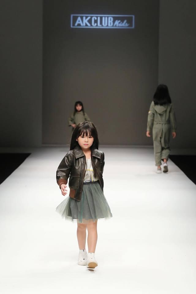 Hải Yến tại Shanghai Fashion Week.