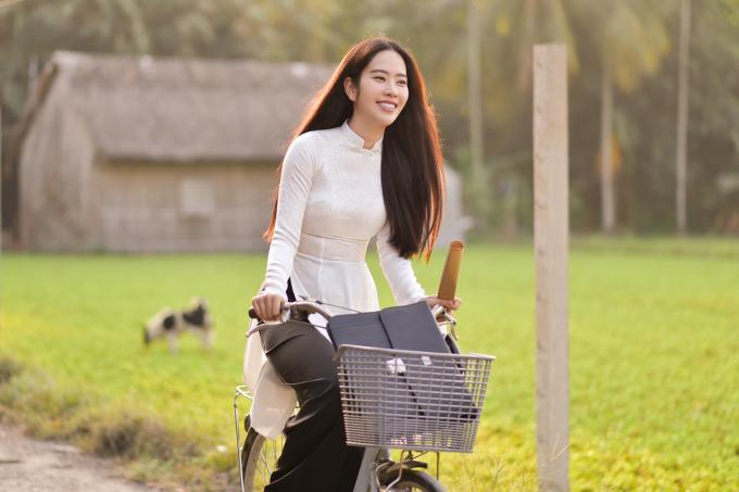 Nam Em lột tả câu chuyện người phụ nữ Việt Nam nhiều hi sinh cho gia đình