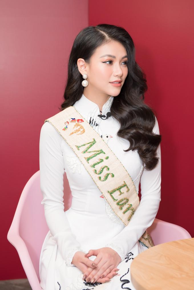 Hoa hậu Trái Đất 2018 mong muốn mình gây được sự ảnh hưởng tích cực đến cộng đồng và tiếp tục có những hoạt động rộng khắp Việt Nam.