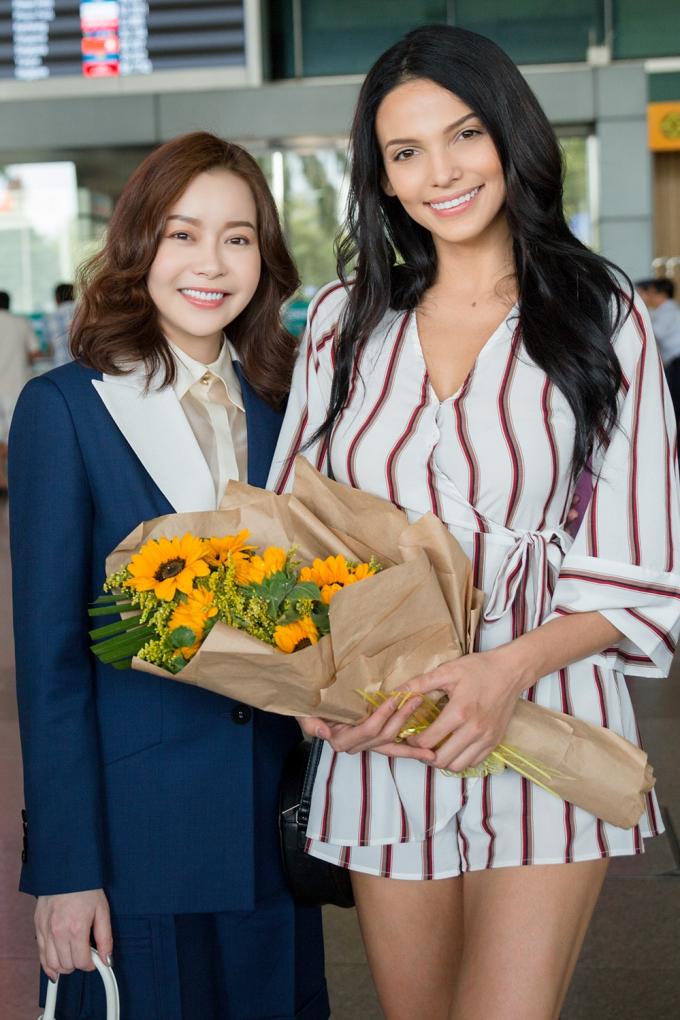 Hoa hậu Hải Dương đón Đương kim Miss Supranational.
