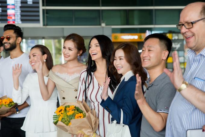 Hoa hậu - Doanh nhân Hải Dương rạng rỡ chào đón Miss Supranational và Mister Supranational đến Việt Nam