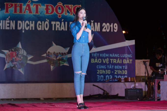 Hoa hậu Phương Khánh tại sự kiện.