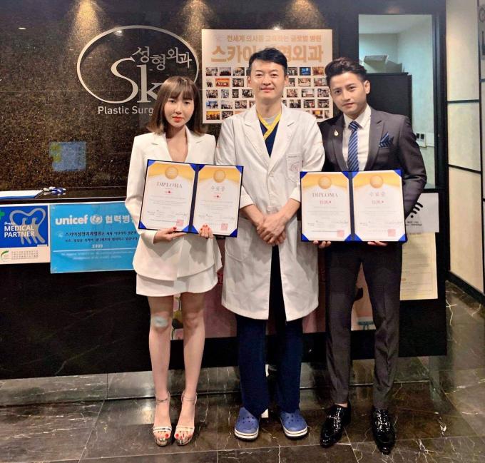 Vợ chồng á hậu Thanh Tuyền - Đỗ Minh Quân ký hợp đồng 10 tỷ tại Hàn Quốc