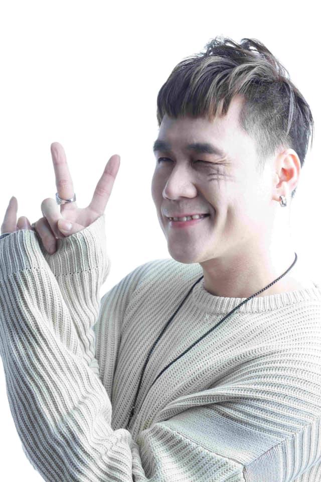Ca sĩ Chiếc khăn gió ấm Khánh Phương thẳng thắn đáp trả về tin đồn ca sĩ thị trường sỡ hữu nhà triệu đô