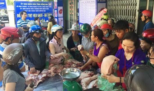 Một điểm bán thịt lợn bình ổn giá nhằm hỗ trợ người chăn nuôi tại TP.Biên Hòa, Đồng Nai