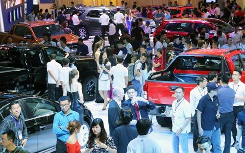 Quy tụ 12 thương hiệu xe lớn, triển lãm VMS 2017 hứa hẹn khuấy động toàn thị trường ôtô trong dịp cao điểm cuối năm.