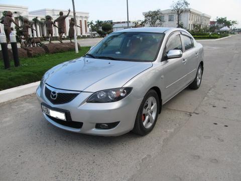 Mazda3 1.6AT 2004 là một trong những chiếc ô tô cũ được nhiều người yêu thích và tìm kiếm. Ảnh: Danhgiaxe