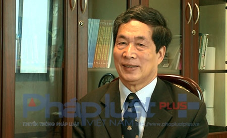 PGS.TS Nghiêm Đình Vỳ - Hội Giáo dục Lịch sử Việt Nam trao đổi cùng phóng viên. Ảnh: L.B