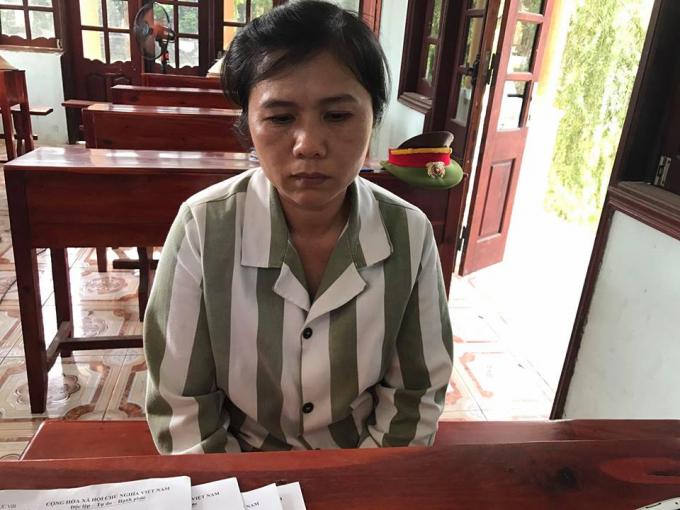 Phạm nhân Nông Thị Hường tâm sự với phóng viên.