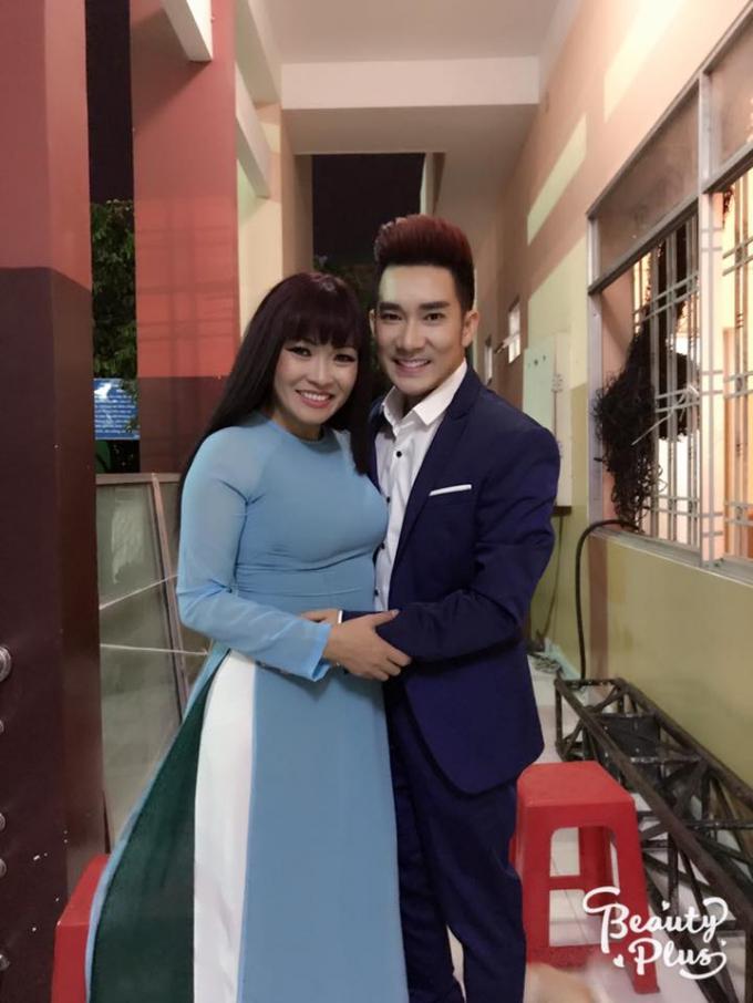 Ca Sĩ Quang Hà và Phương Thanh