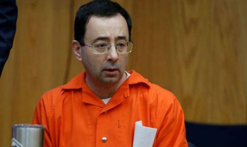 Bị cáo Larry Nassar tại tòa.