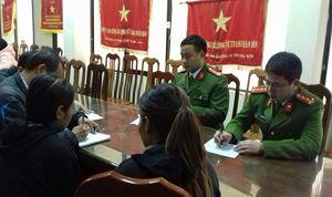 Công an tỉnh Lạng Sơn bàn giao 2 người phụ nữ Campuchia suýt bị lừa bán sang Trung Quốc