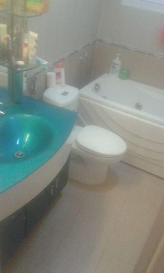 Nội thất nahf tắm đầy đủ và đồ cao cấp.