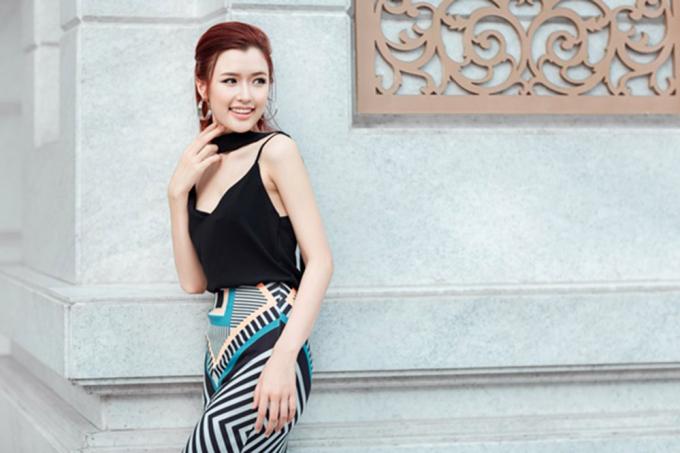 """""""Nữ hoàng trang sức"""" Phương Chi: Chân dài đâu nhất thiết phải cần có đại gia"""