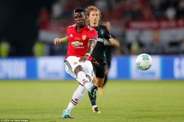Pogba đã chơi khá nhạt nhòa ở khu vực giữa sân