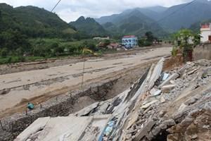 Mưa lớn gây thiệt hại nghiêm trọng về người và tài sản ở các tỉnh miền núi phía Bắc