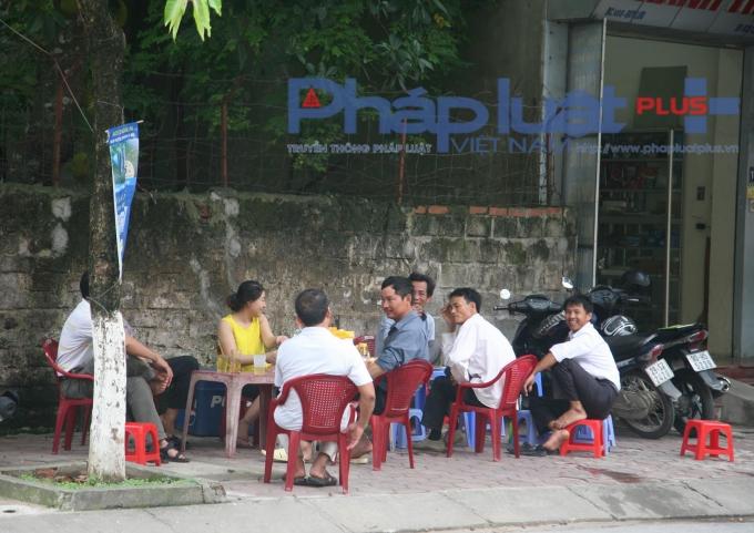 Những quán cơm, quán nước được dịp ăn theo kỳ thi THPT Quốc gia 2016.