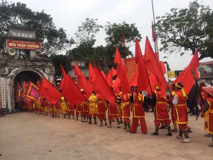 Nhiều hoạt động tín ngưỡng đã diễn ra trong khuôn khổ lễ hội.