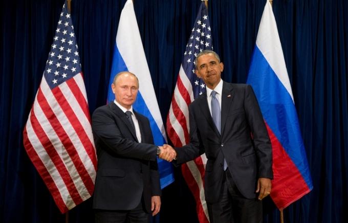 Tổng thống Nga Vladimir Putin và Tổng thống Hoa Kỳ Barack Obama (Ảnh: AP)